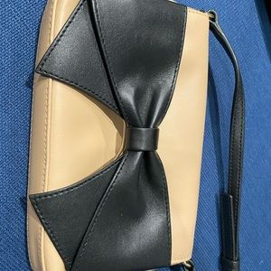 Perfect Condition Kate Spade Mini w/Bow!